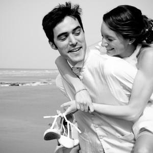 Les mariés sur la plage